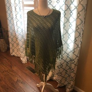 💕 Chico's Green Poncho